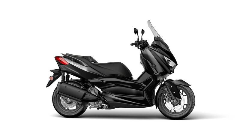 XMAX 300 IRON MAX
